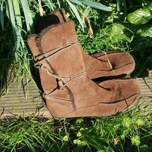 Earth boots mirage mukluks